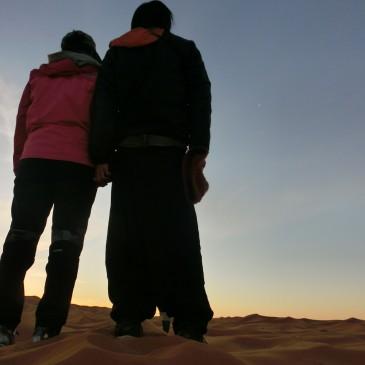サハラ砂漠の真ん中で走る!?愛を叫ぶ!?